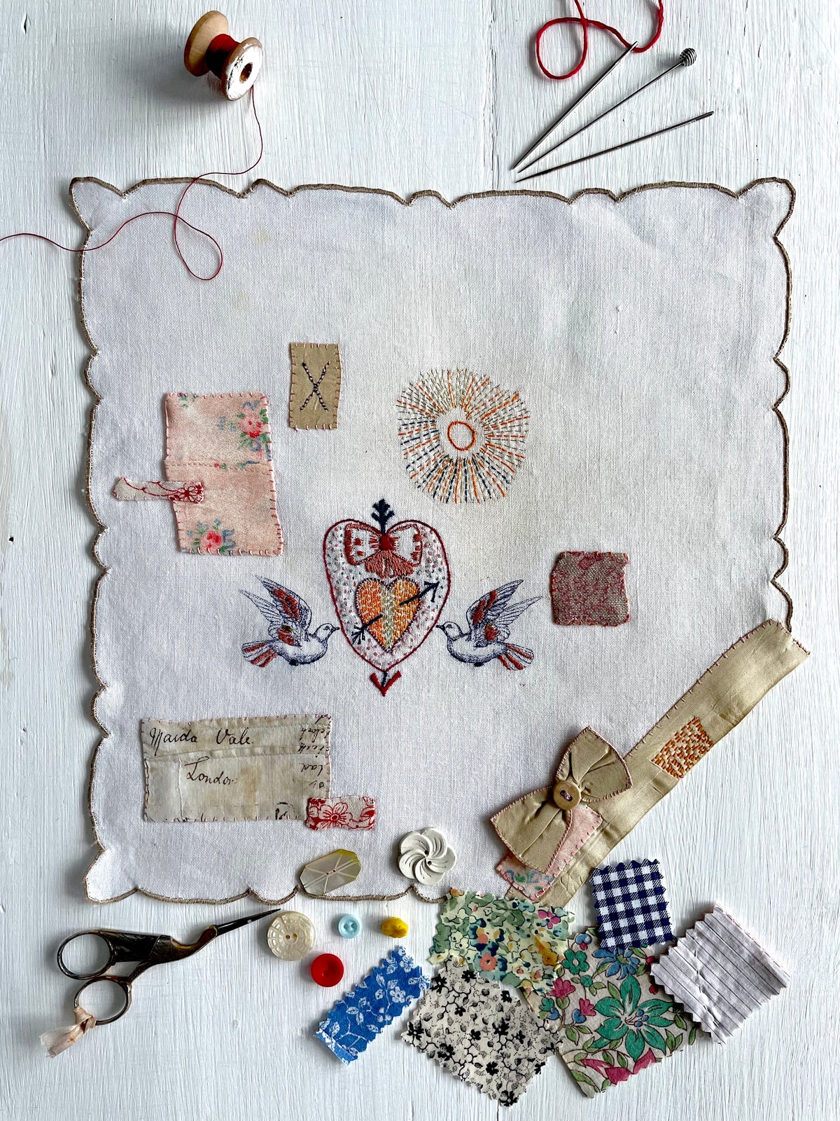 Image of 'Sacred heart & doves' souvenir handkerchief