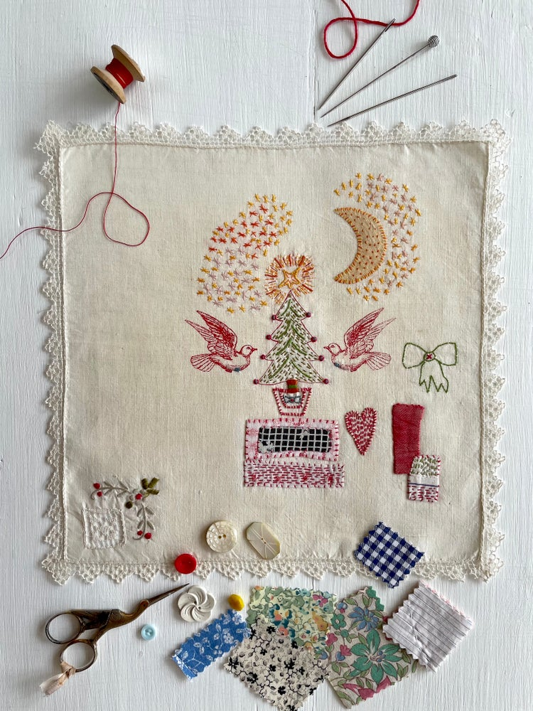 Image of 'Christmas tree & doves' souvenir handkerchief
