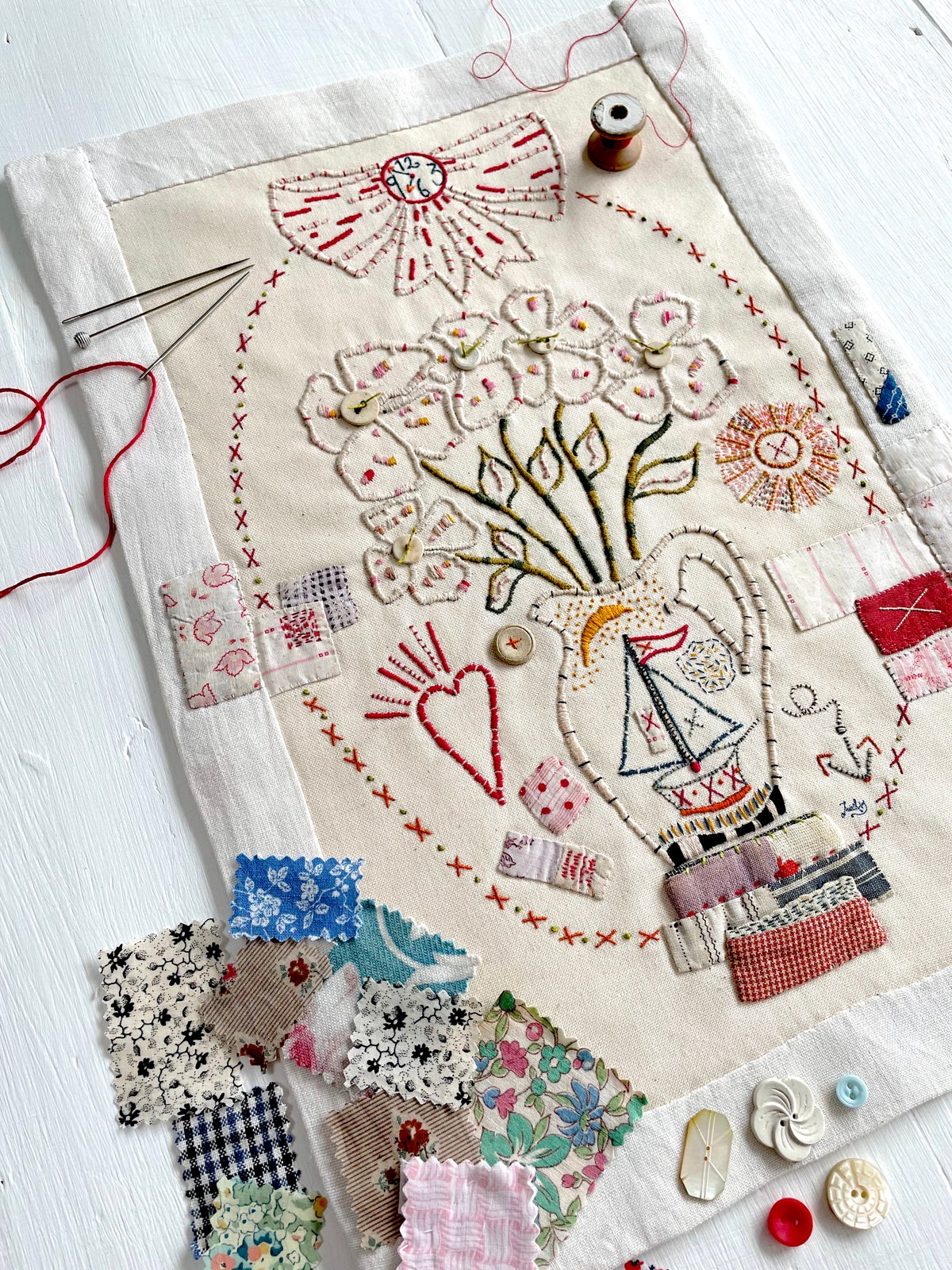 Image of 'Jug & Flowers' large embroidery template