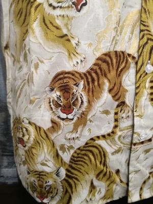 Image of Gold tigers men shirt, slim fit cut