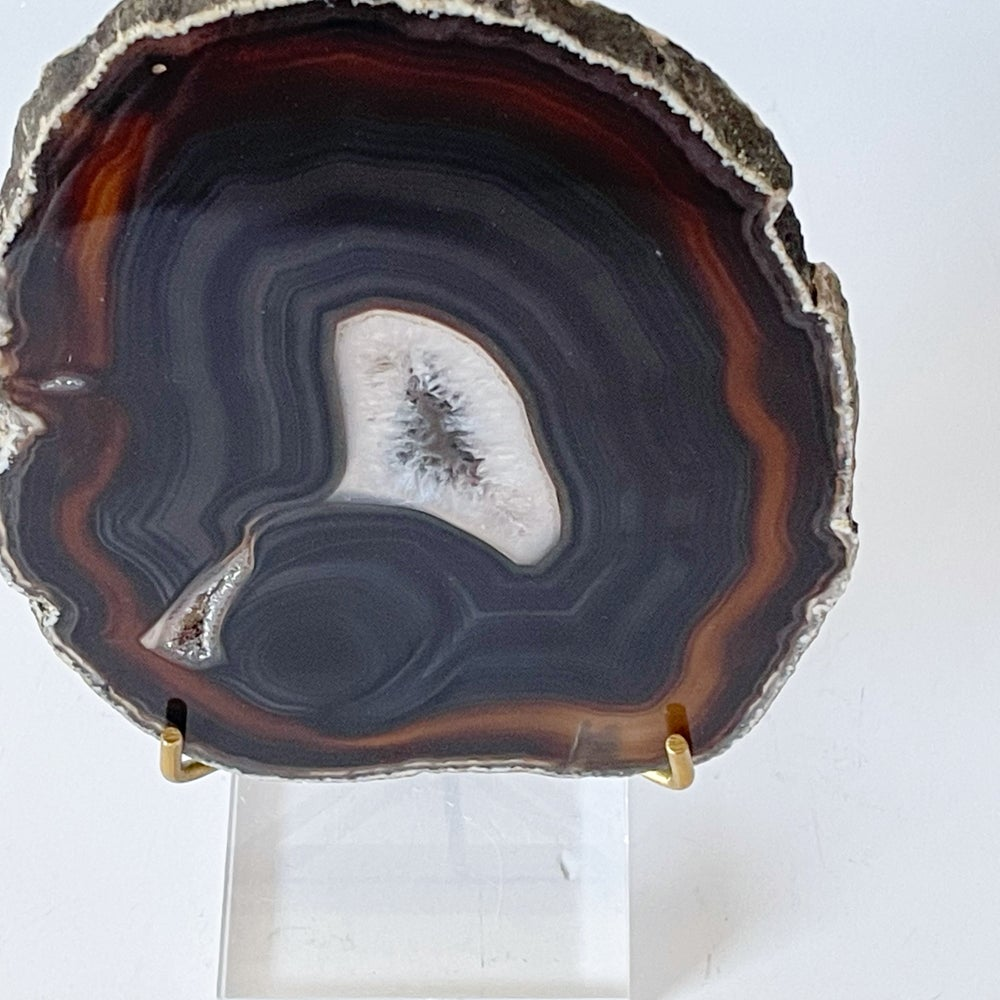 Image of Agate Slice no.20 + Lucite and Brass Stand