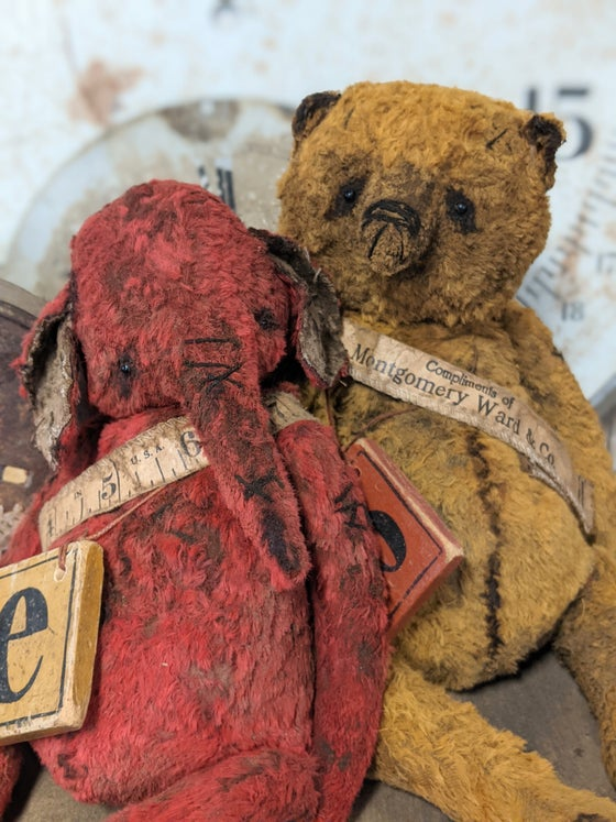 "Image of 'e' is for ellyfont - 9"" Old Worn Fat Red Elephant w antique toy block by Whendi's Bears"