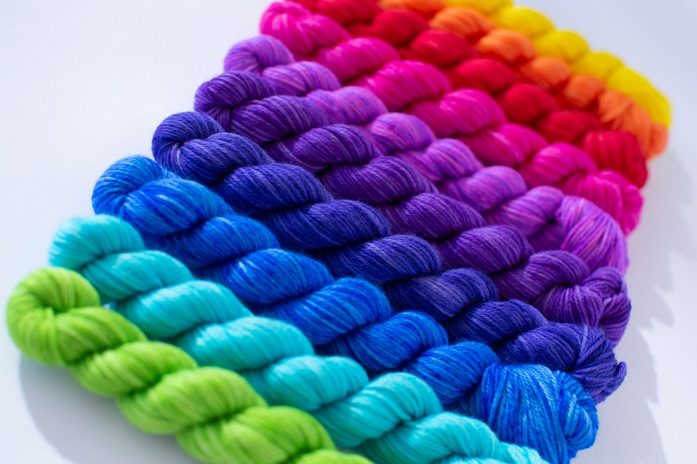 Image of Nube Fingering Colorwheel Mini Skein Set