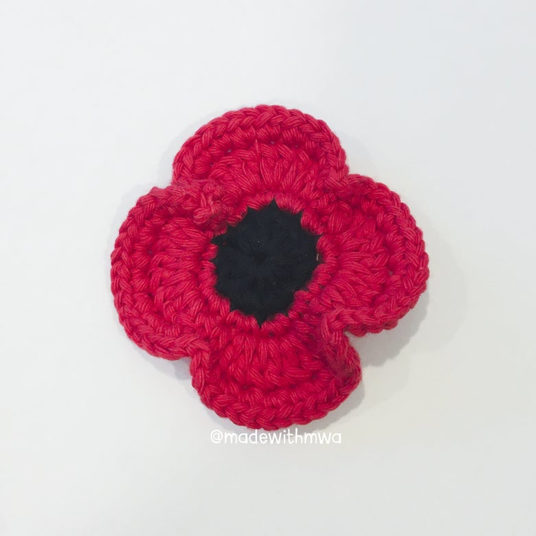 Image of Remembrance poppy brooch