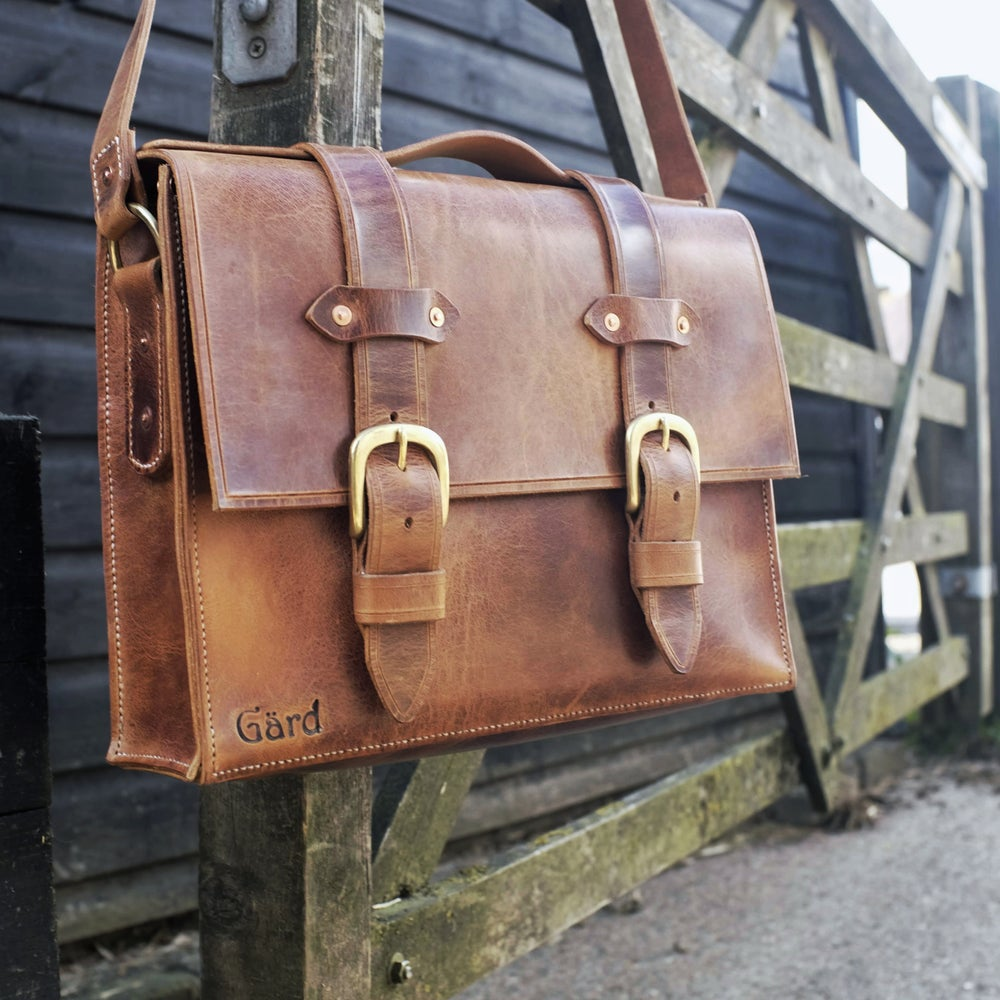Image of Gärd Connell Messenger Bag