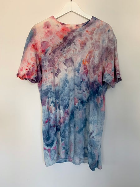 Image of Tie Dye Large 1 of 1 (Blue Ice Shore)