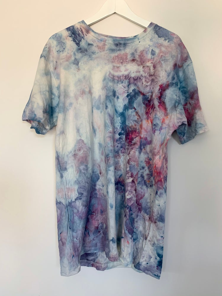 Image of Tie Dye Large 1 of 1 (Still Blue)