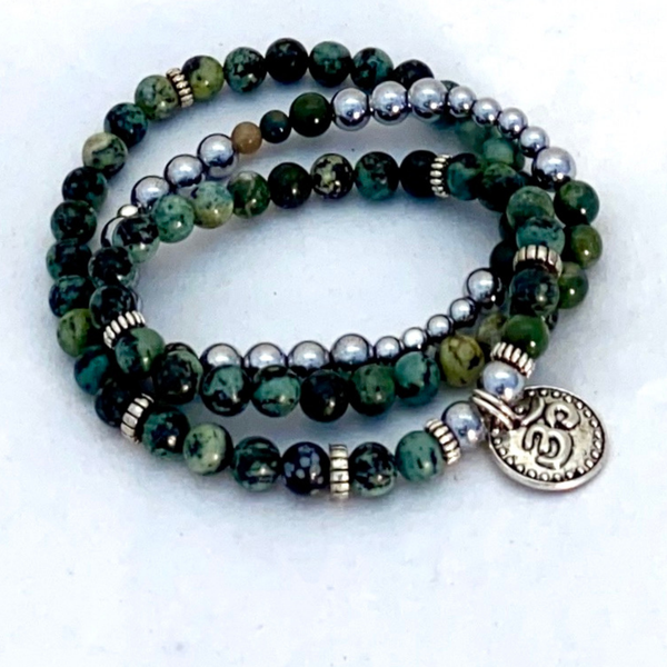 Image of Green Agate Triple Wrap Bracelet