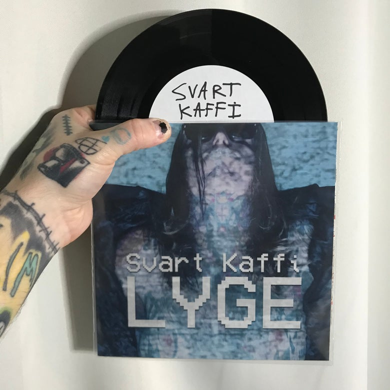 Image of Svart Kaffi «LYGE» w/ Coffee Drawing