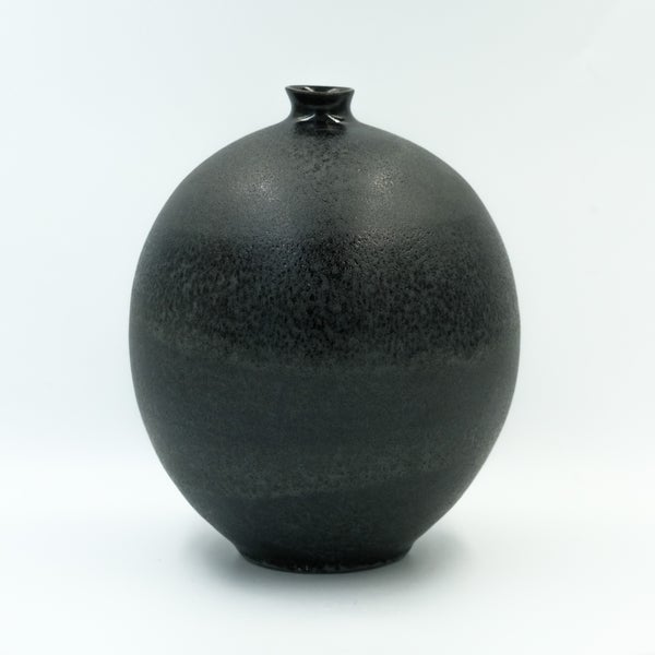 Image of LARGE UNIKA BULB VASE IN OBSIDIAN BLACK GLAZE