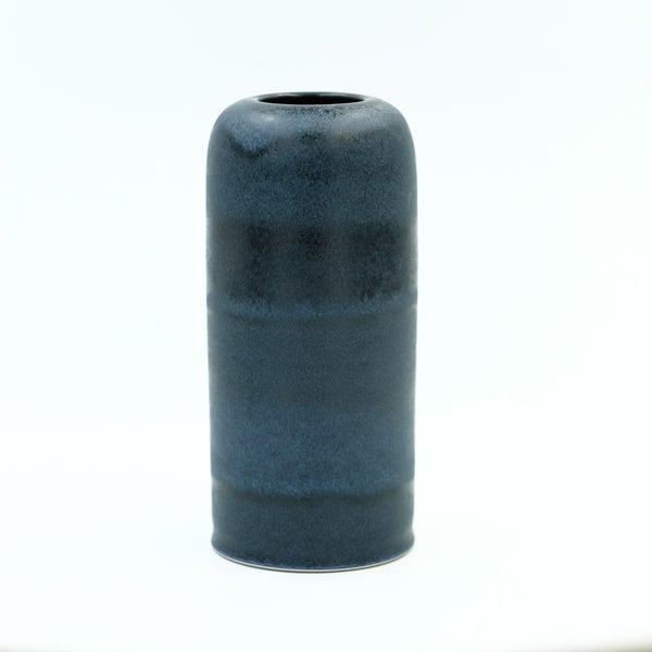 Image of MEDIUM UNIKA VASE IN MIDNIGHT BLUE GLAZE