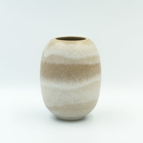Image of SMALL UNIKA VASE IN EARTH WHITE GLAZE