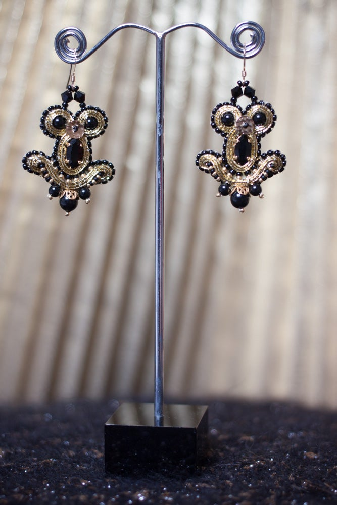 Image of Miracle Earrings - Metal edition - Bizance - Petites boucles brodées