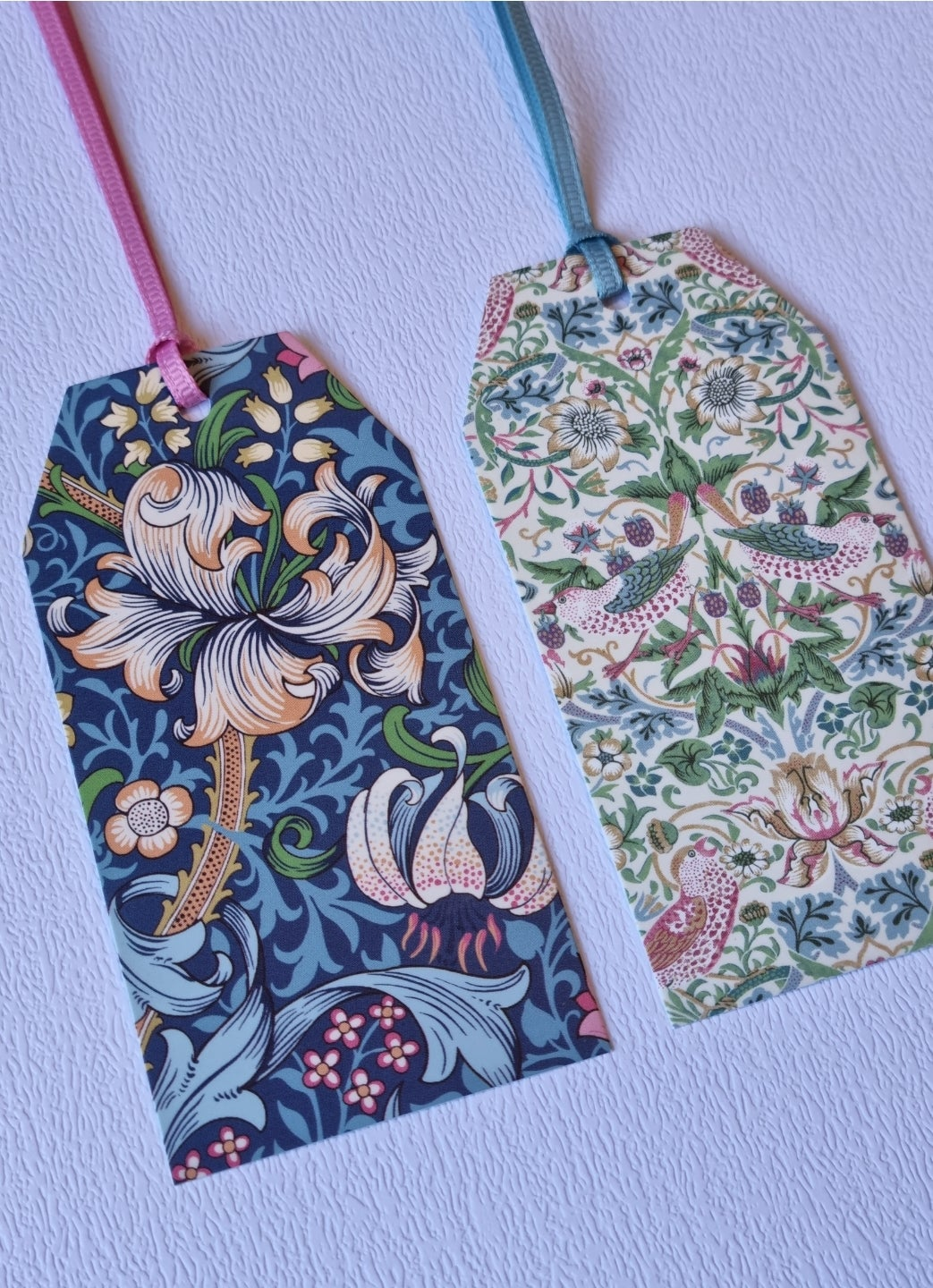Image of William Morris Gift Tag Set
