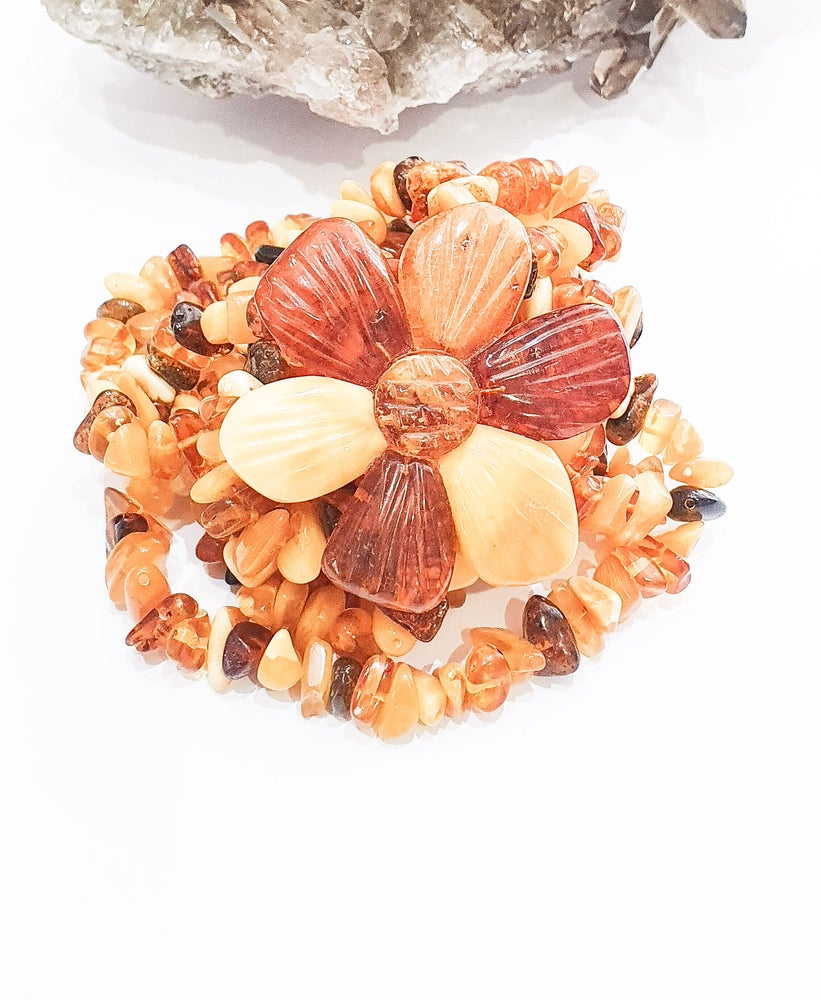 Image of Amber Flower Necklace