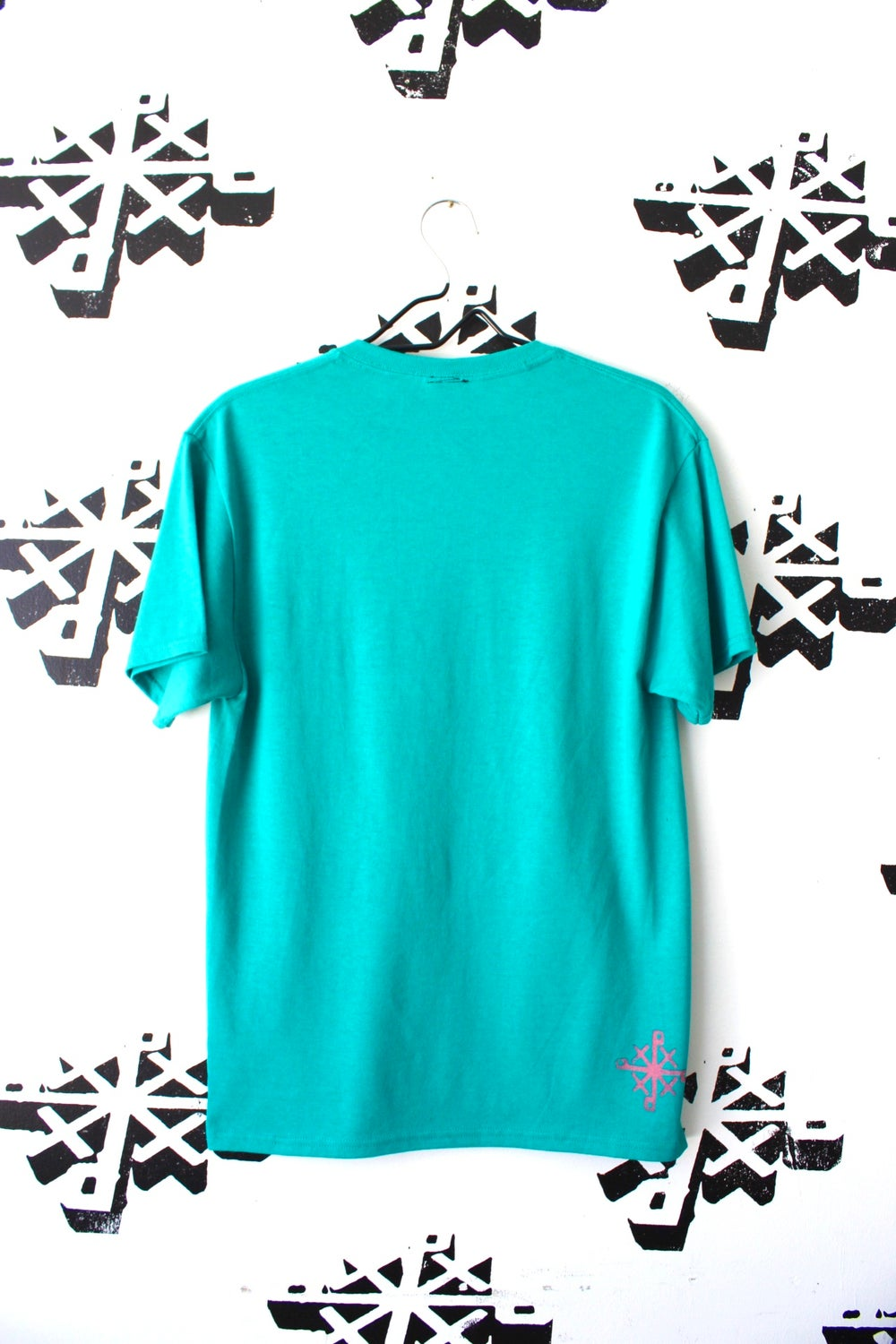 stick to the script tee in teal