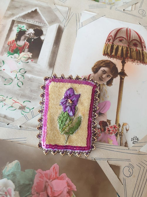 Image of Broche brodée BE MY BABY