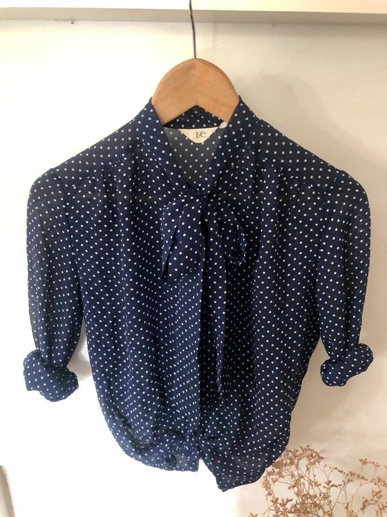 Image of Blouse marine à pois