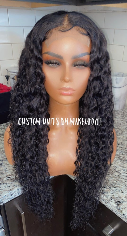 "Image of Cambodian Natural Wave 28"" Custom Lace Closure Wig"