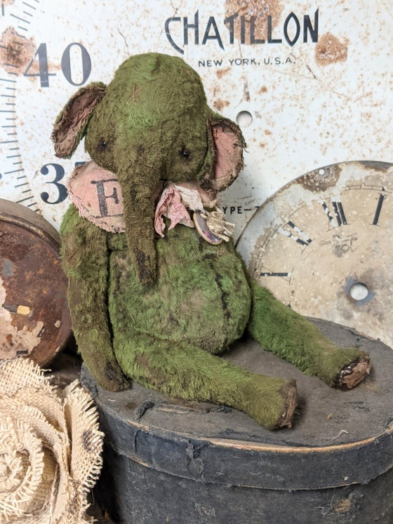 "Image of 8"" Old Worn Fat Moss Green Elephant by Whendi's Bears"