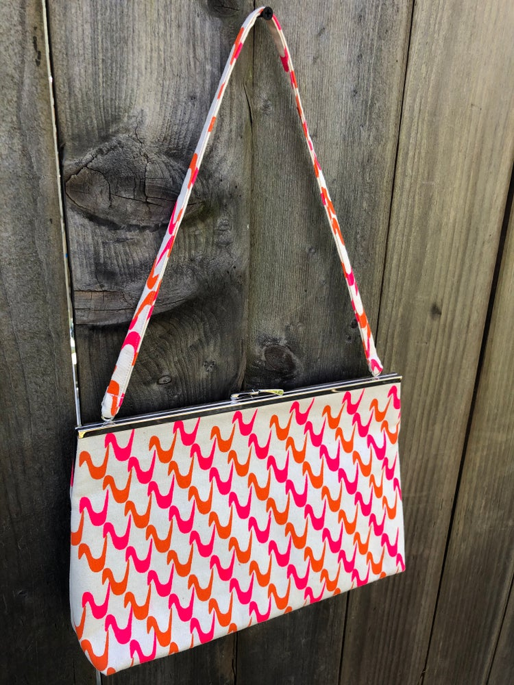 Image of Waves Bag - Waves Collection