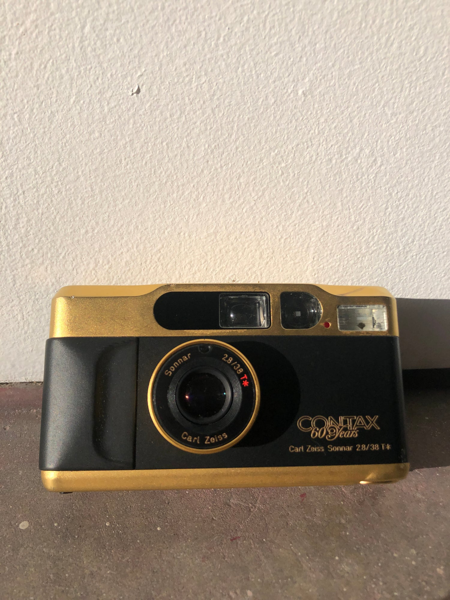 Image of Gold Contax T2