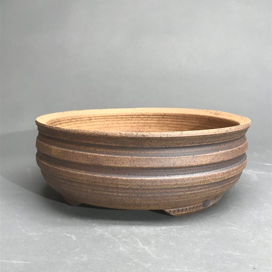 Image of 356 Unglazed Ribbed Round