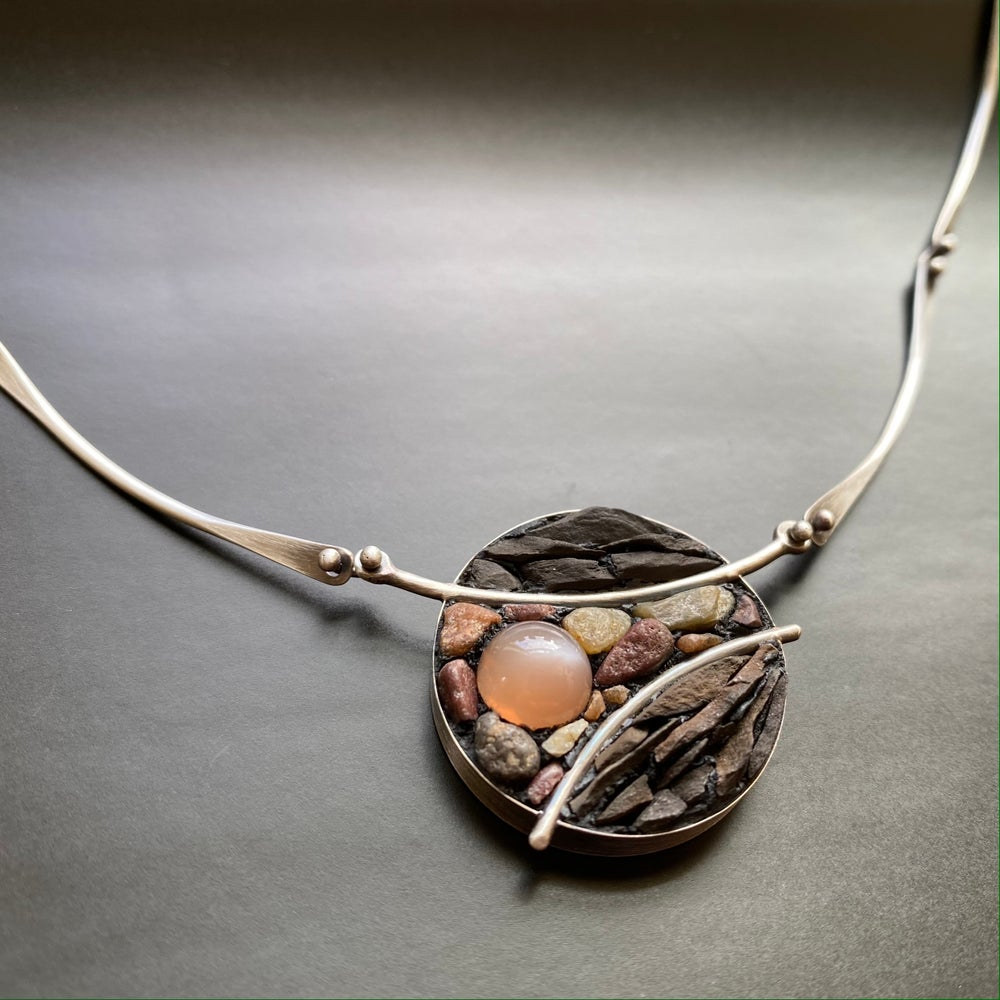 Image of Curvature Necklace