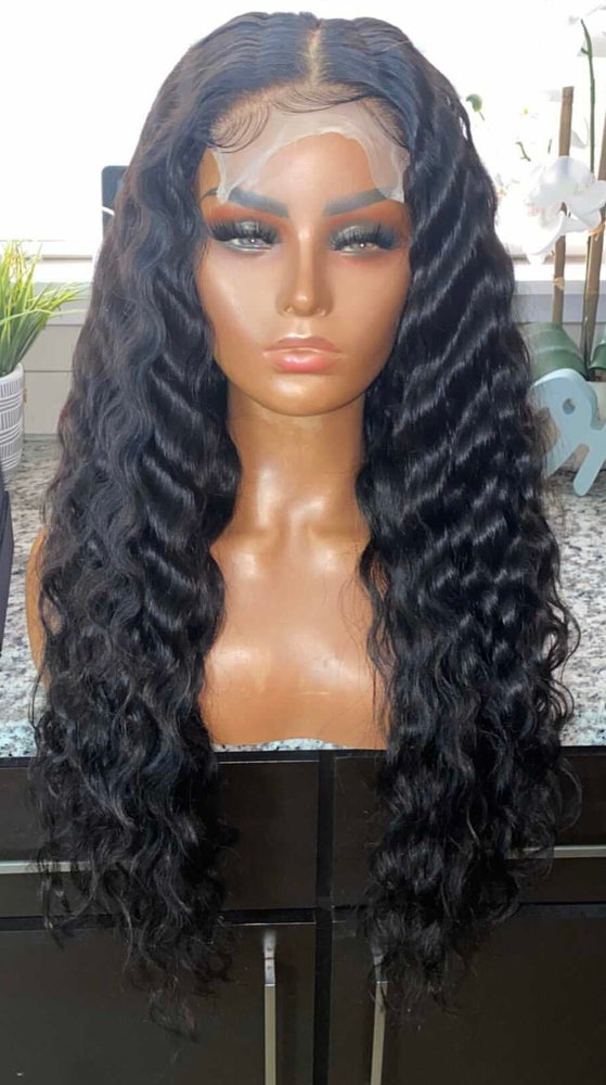 "Image of Malaysian Natural Wave 26"" Custom Lace Closure Wig"