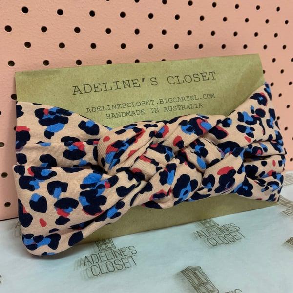 Image of Pinky leopard print headwrap