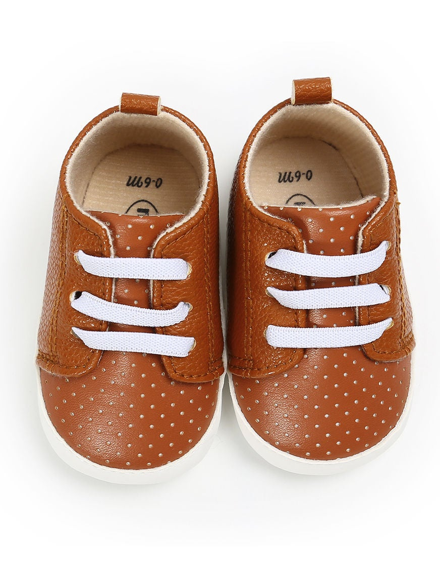 Casual Stroll Crib Shoe