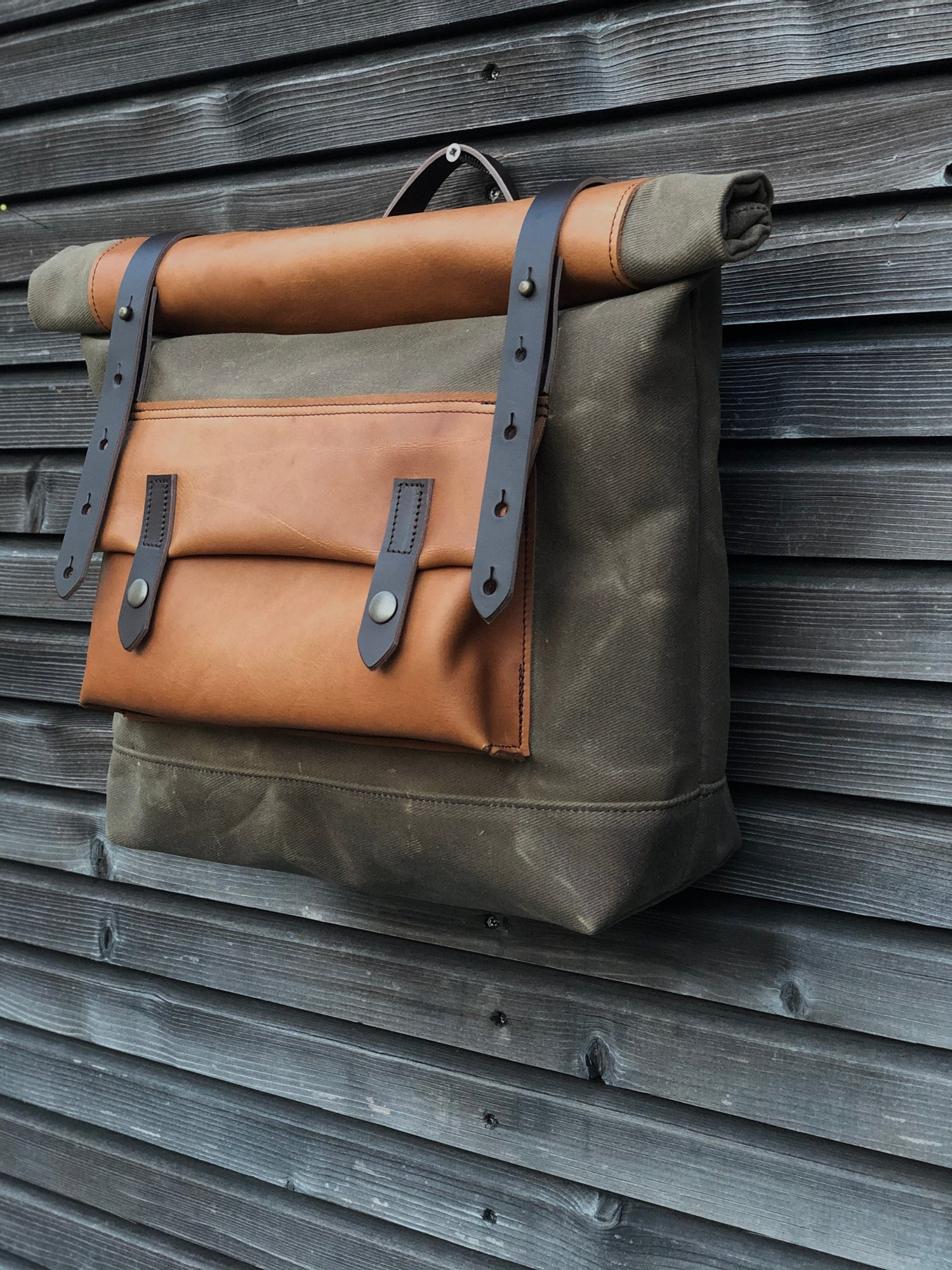 Image of Saddle bag in waxed canvas leather Super73 E-bike bag Motorcycle bag Bicycle bag in waxed canvas and