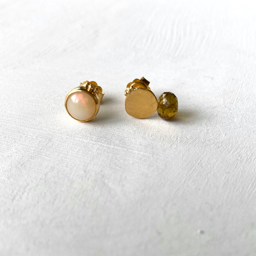 Image of Plethora stud earrings #13