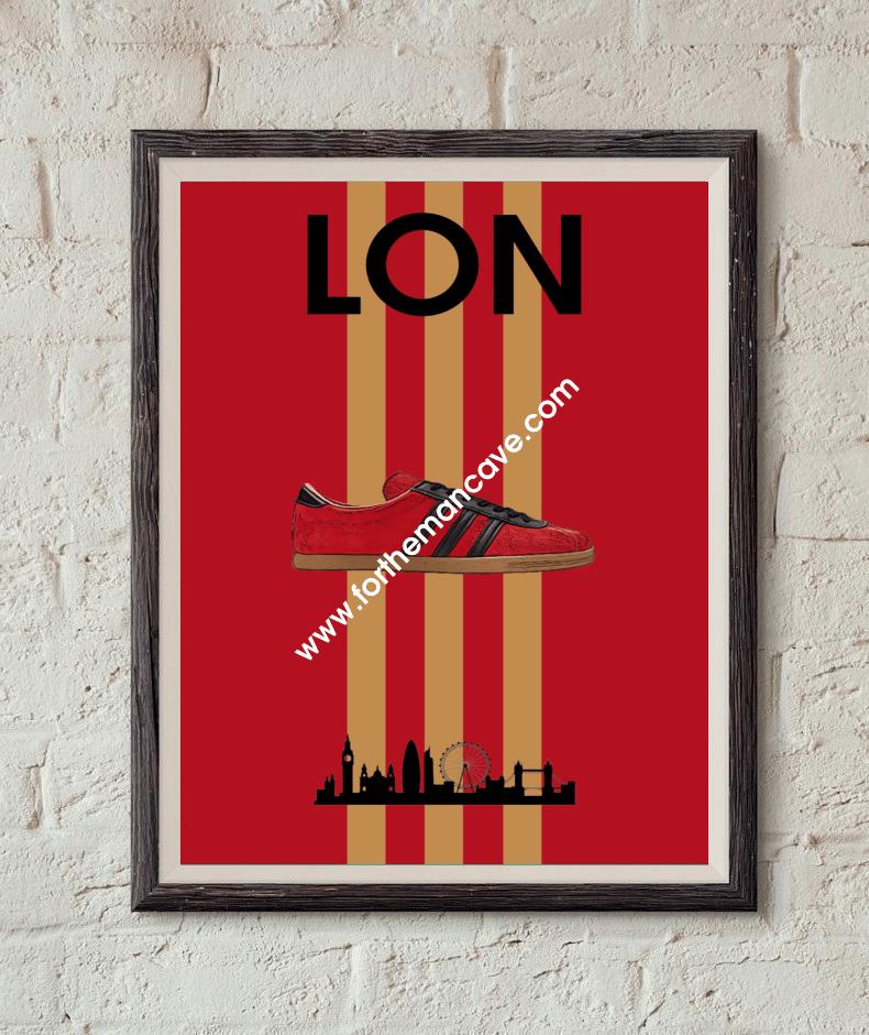 Image of LONDON INSPIRED / THREE STRIPE PRINT