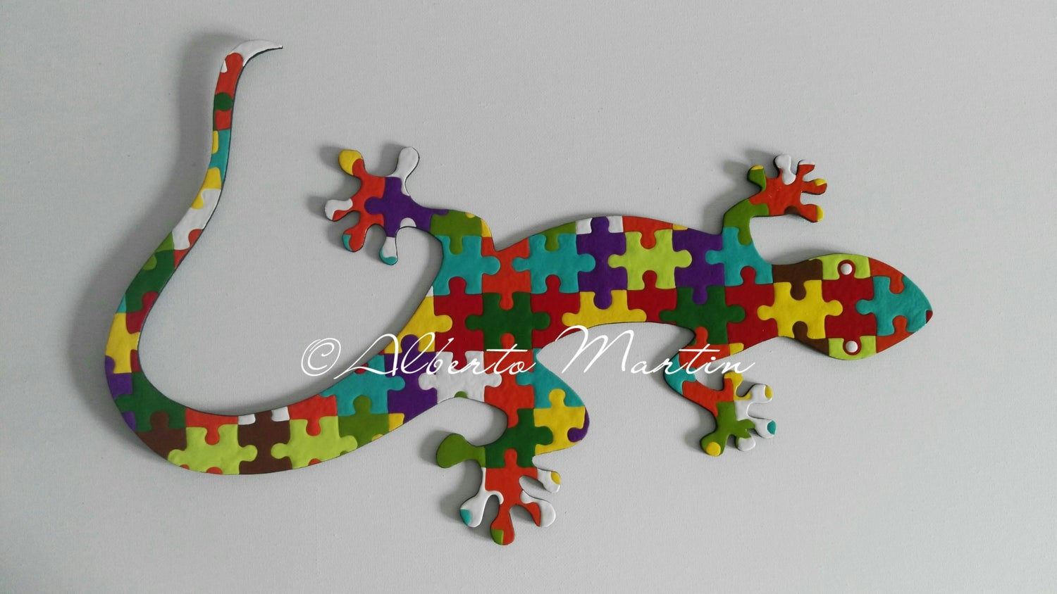 Image of Lizard - Gecko 2/ dot art mdf/ handpainted/ Gift ideas/ by Alberto Martin
