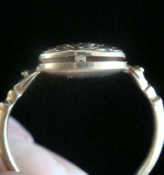 Image of Gerogian 15ct yellow gold poison ring with snake shoulders