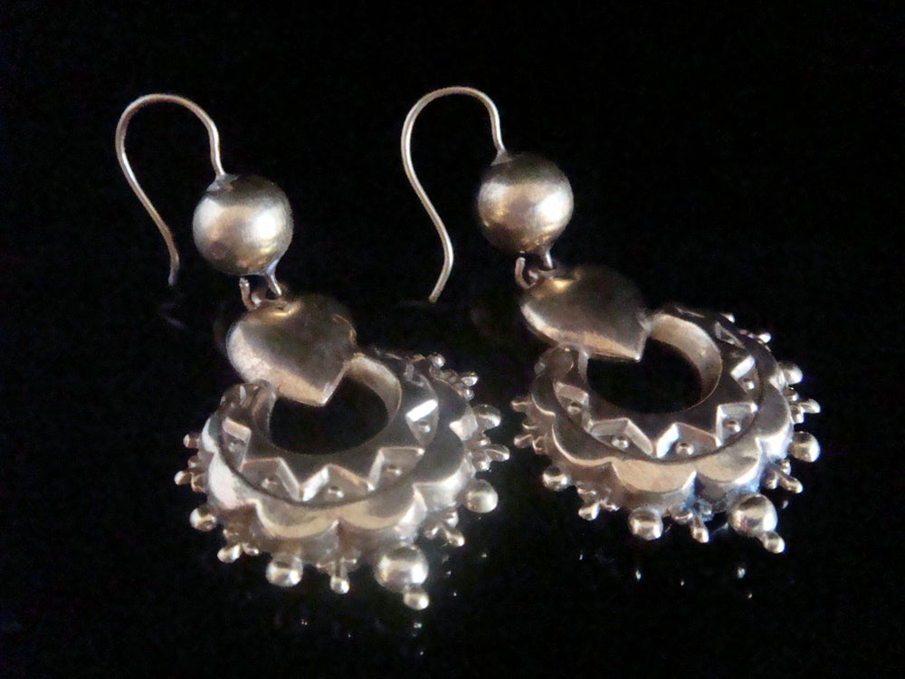 Image of Stunning Victorian 9ct or higher yellow gold puff heart drop earrings