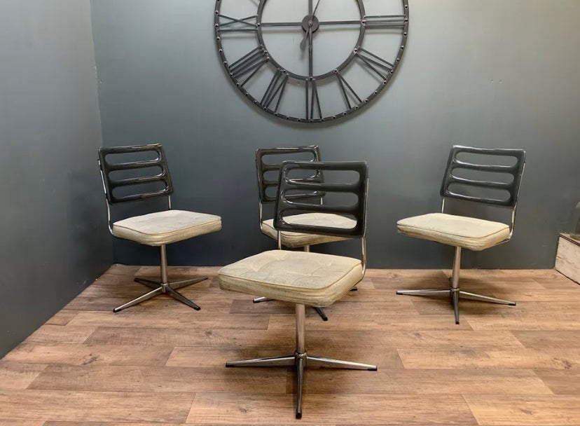 Image of Set Of 4 Mid Century Retro Chrome And Perspex Swivel Dining Chairs, Danish Style.