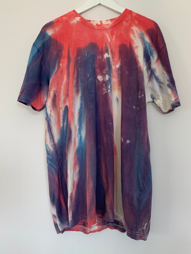 Image of Tie Dye XL 1 of 1 (Everlasting Light)