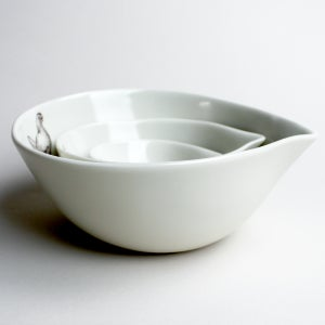 Image of nesting bowls set of three, chicken, chick, nest, ivory