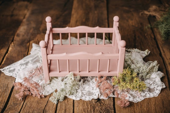 Image of Pinky romantic bed