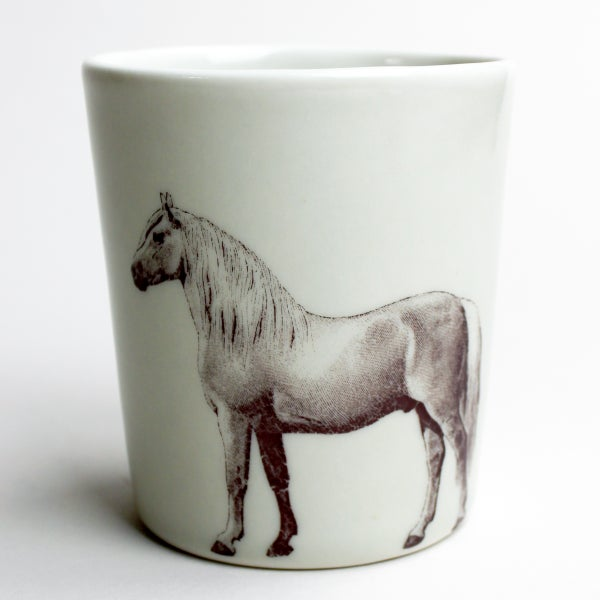 Image of 16oz tumbler with horse, pearl grey