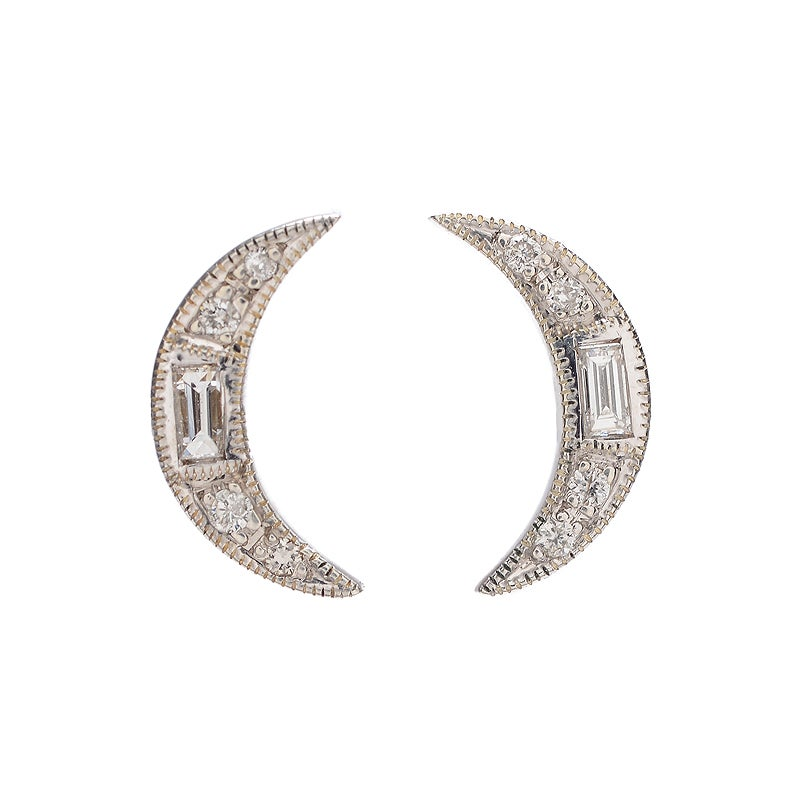 Image of Un Hada Crescent Moon Studs