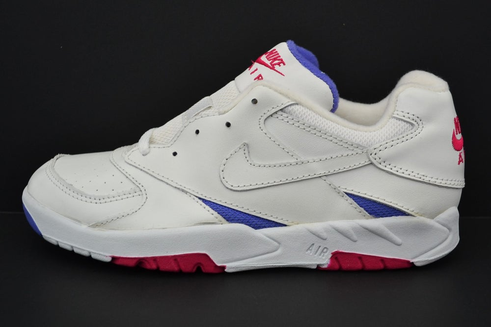 Image of Vintage 1993 Nike Air Open Play Magenta & Violet Tennis Sneakers Sz.7 (Women's)