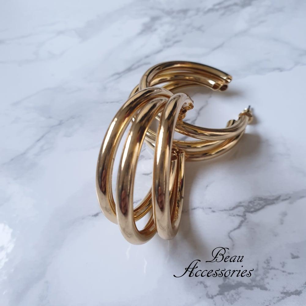 Image of Golden Geometric Hoop Earrings