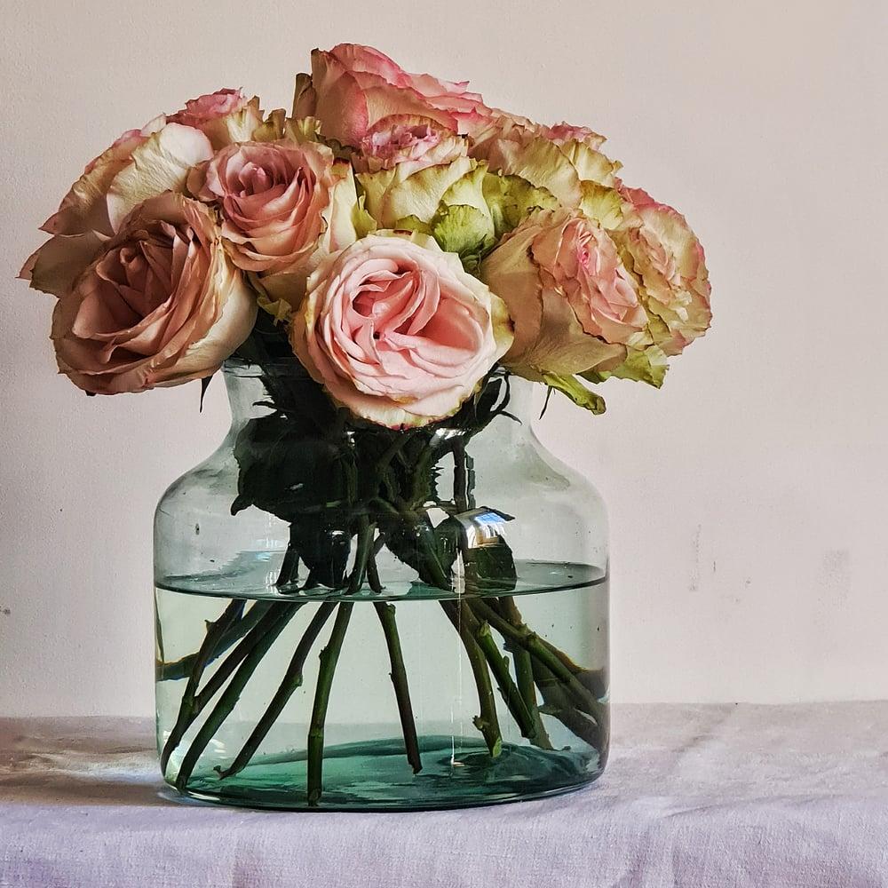 """Vase en verre recyclé 22 cm modèle """"Zitrone"""""""