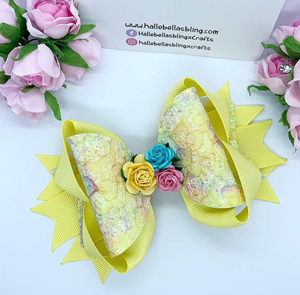 Image of Stunning lemon lace glitter stacker flower bow