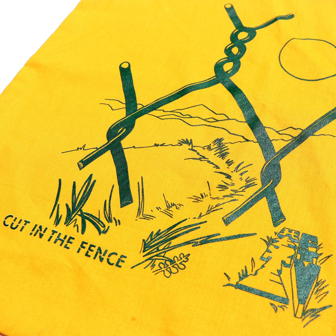 Image of TWISTED LINKS TOTE - HEST FTV x CUT IN THE FENCE