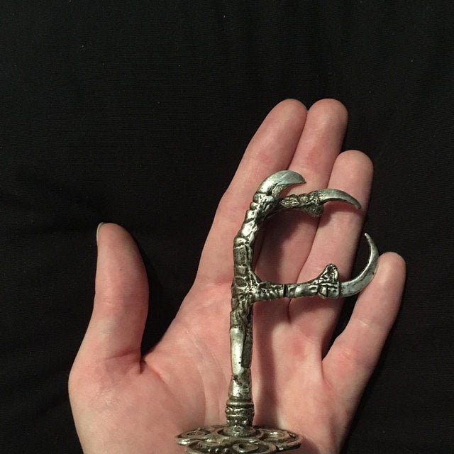 Raven Claw Wall Hook