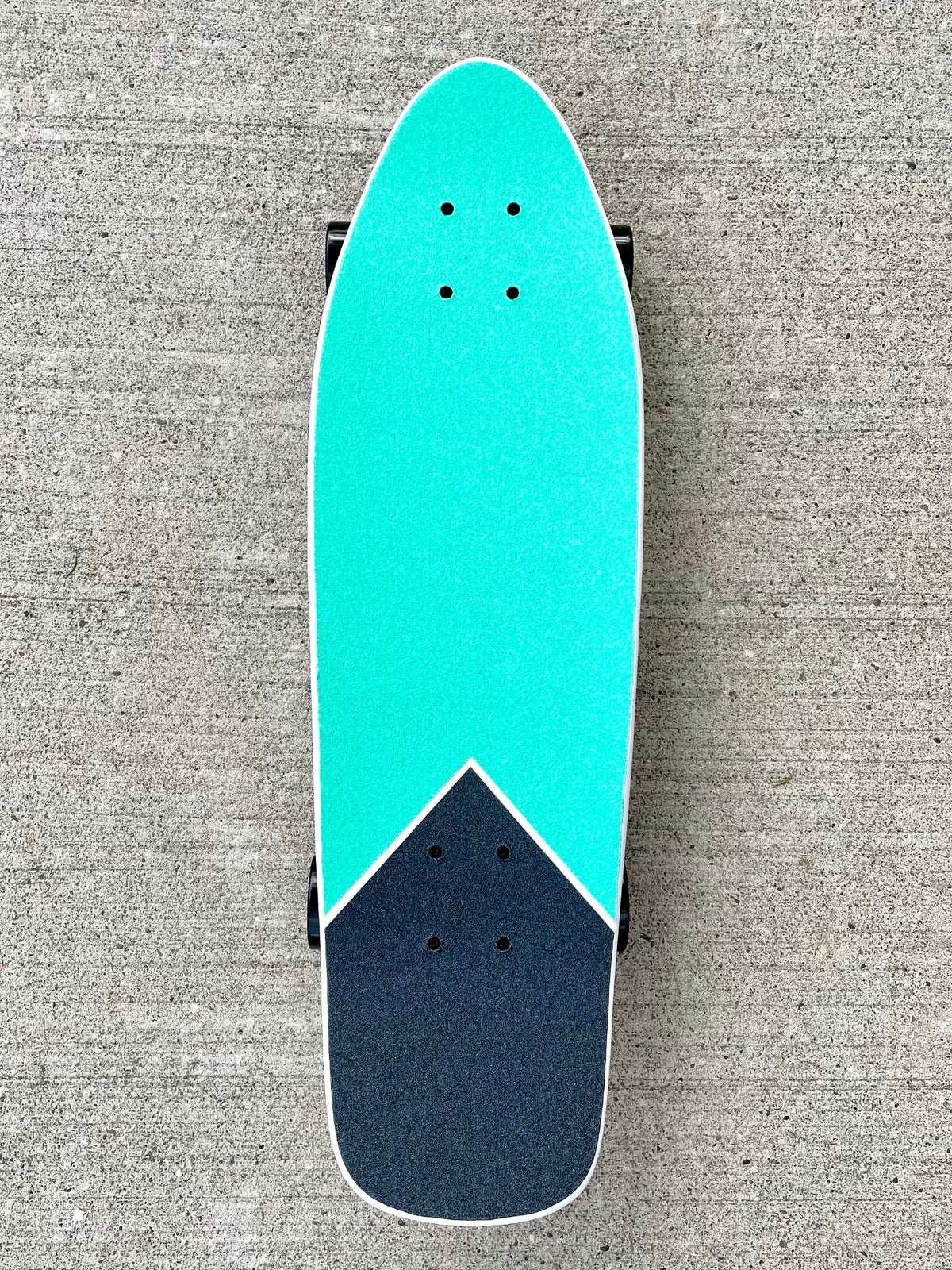 Image of White & Turquoise Cruiser Complete